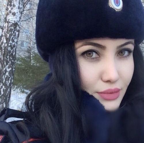 ロシアの婦警さんの画像(18枚目)