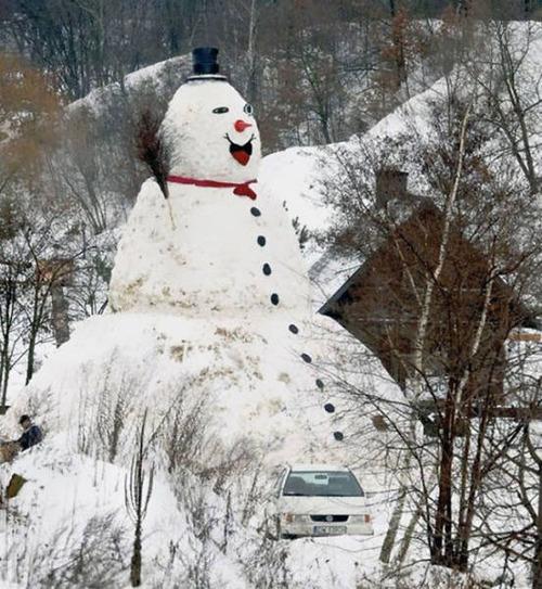面白い雪だるまの画像(8枚目)