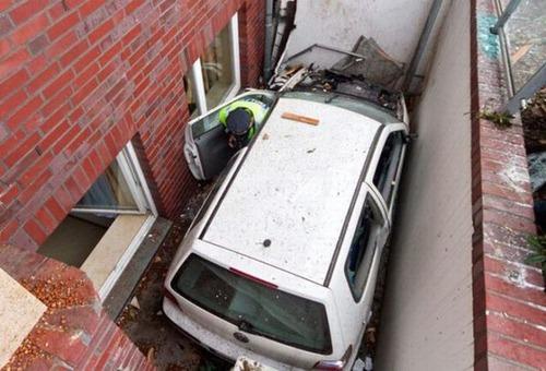 交通事故の画像(22枚目)