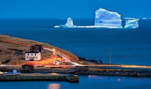 巨大な流氷の画像(1枚目)