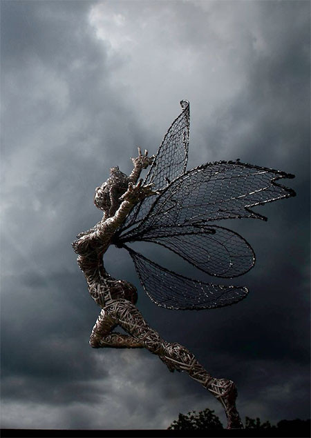【画像】生きてるみたい!針金で再現された妖精が凄い!!の画像(2枚目)