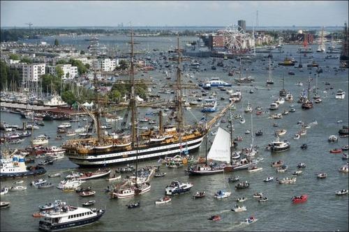 アムステルダムの帆船のフェスティバルが凄い!!の画像(5枚目)