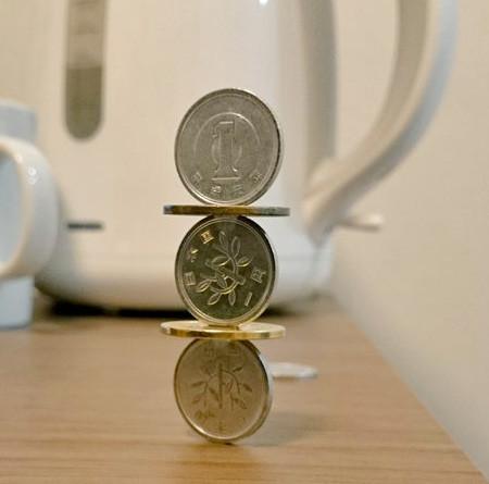 コインを積み上げてバランス04