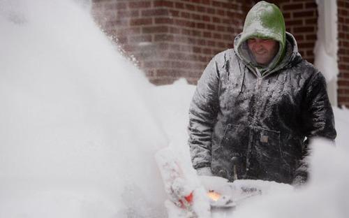 【画像】大雪のニューヨークで日常生活が大変な事になっている様子!の画像(38枚目)