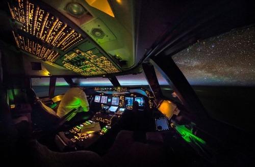飛行機を運転の画像(10枚目)