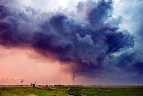 幻想的で恐ろしい!嵐が起こっている空を映した写真の数々!!の画像(5枚目)