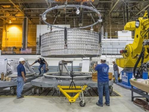 スペースシャトルの燃料タンクの画像(7枚目)