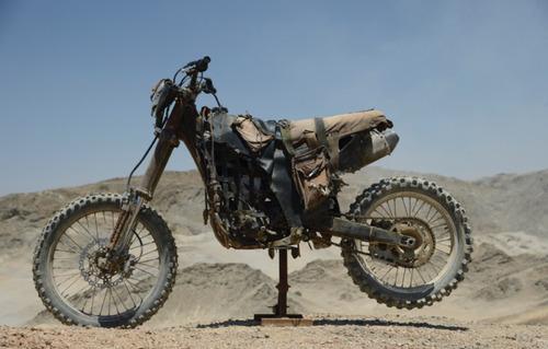 【画像】映画マッドマックスに出ていたバイクが凄い事になっている!の画像(2枚目)