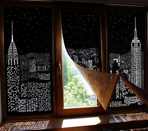 夜景のような景色のカーテンの画像(1枚目)