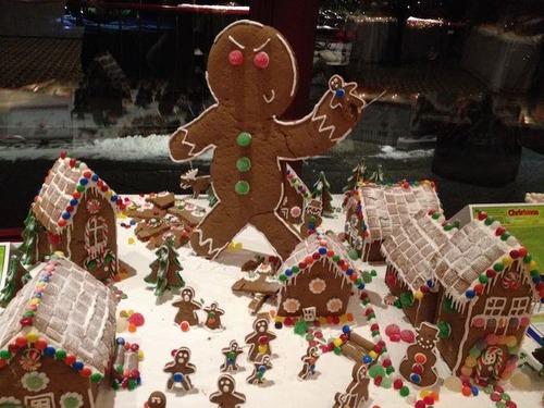 【画像】お菓子でできた家やジオラマが凄い!!の画像(1枚目)