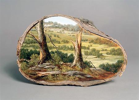 木の年輪に描かれた絵05