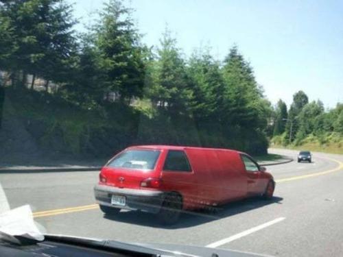 ダメなカスタムをしている自動車の画像(8枚目)