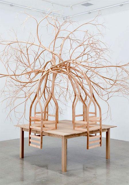 木の枝や根っこのような椅子06
