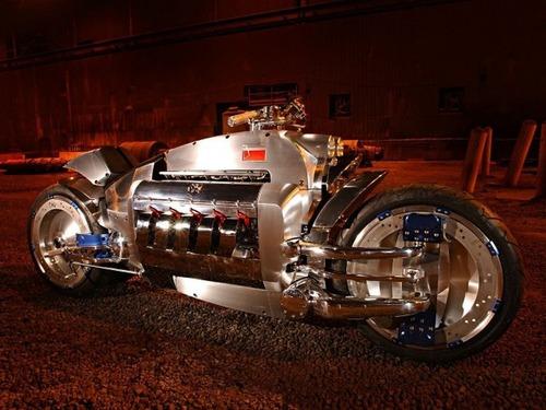 世界に10台5500万円のバイク!ダッジ・トマホークがやっぱり凄い!!の画像(12枚目)