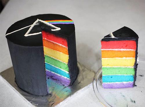 【画像】素晴らしすぎて食欲は起きないアートなケーキが凄い!!の画像(2枚目)