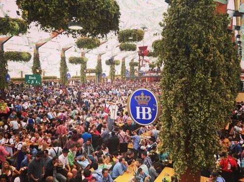 ビールの祭典「オクトーバーフェスト」の画像(10枚目)