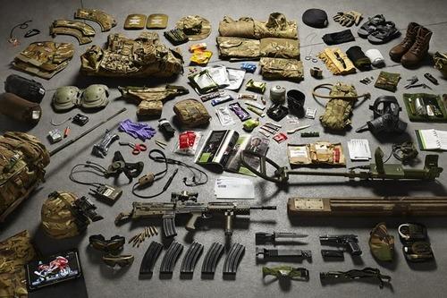 大昔から現在の兵士の装備を並べた画像がかっこよくて心ときめくwwwの画像(13枚目)