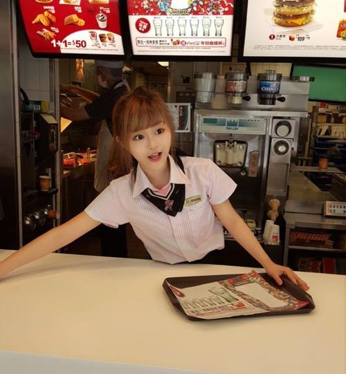 台湾のマクドナルドの女の子が!凄まじく可愛い!!の画像(6枚目)