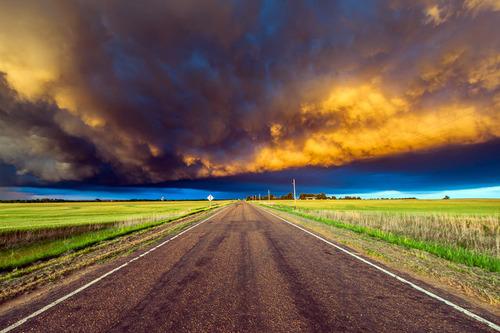 幻想的で恐ろしい!嵐が起こっている空を映した写真の数々!!の画像(19枚目)