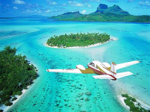 【画像】地上最後の楽園と呼ばれている「ボラボラ島」の絶景!の画像(1枚目)