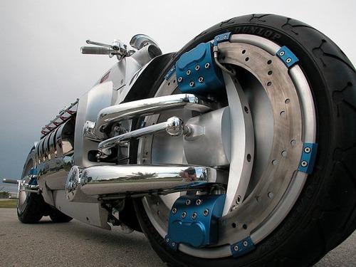 世界に10台5500万円のバイク!ダッジ・トマホークがやっぱり凄い!!の画像(2枚目)