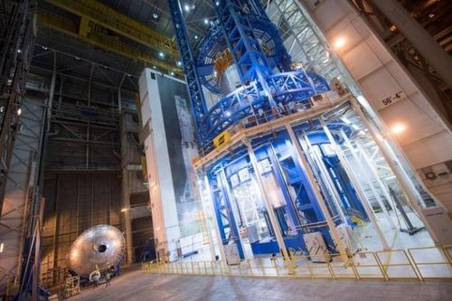 スペースシャトルの燃料タンクの画像(17枚目)