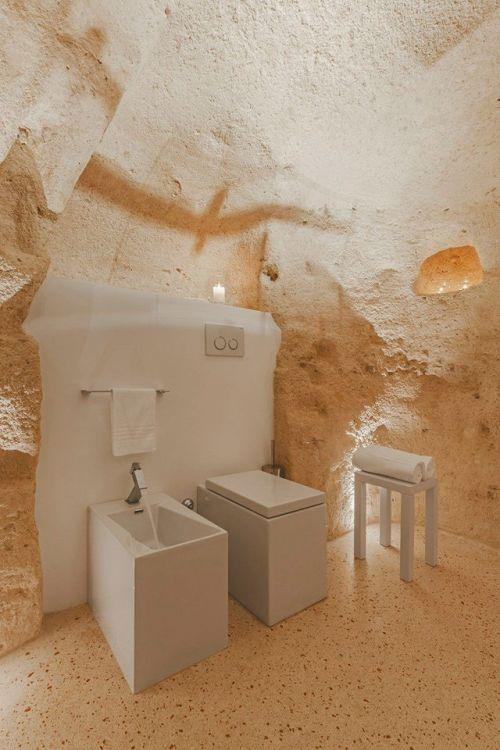 イタリアの洞窟がそのまま住宅街の画像(14枚目)