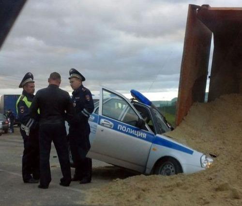 どうしてそうなった?何だか凄まじい事になっている自動車事故の画像の数々!の画像(16枚目)