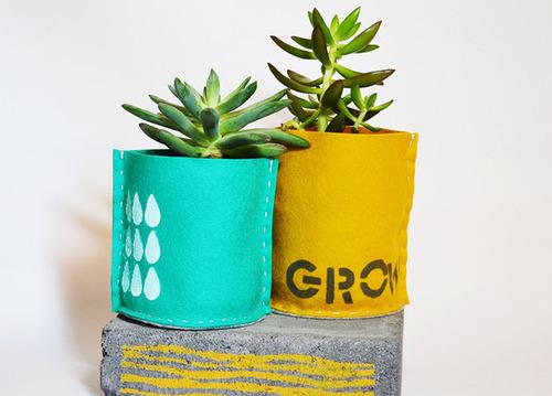【画像】狭くても大丈夫!小さな植木が綺麗に飾れる工夫の数々!の画像(9枚目)