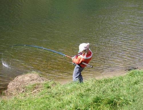 カオスなところで釣りをしている人達の画像(35枚目)
