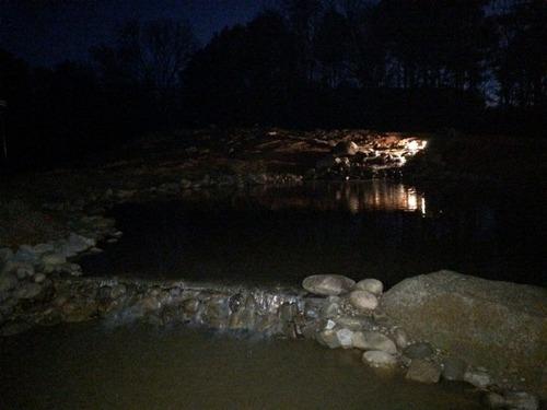 巨大な池の画像(17枚目)