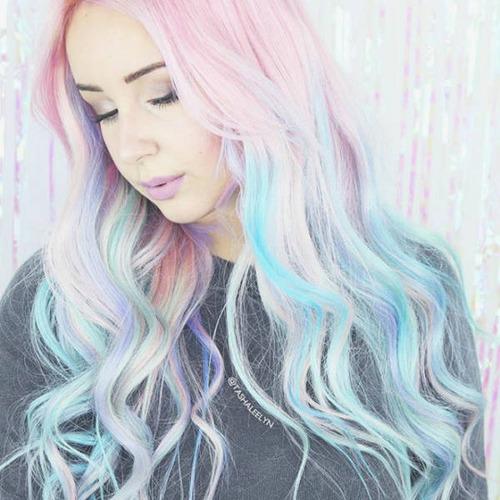 虹のような髪の毛の女の子の画像(22枚目)