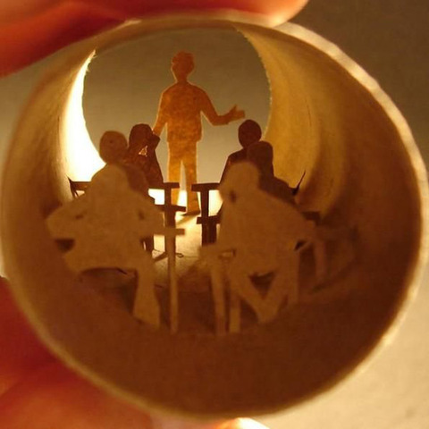 【面白アート】トイレットペーパーの芯で作る不思議な世界!の画像(12枚目)