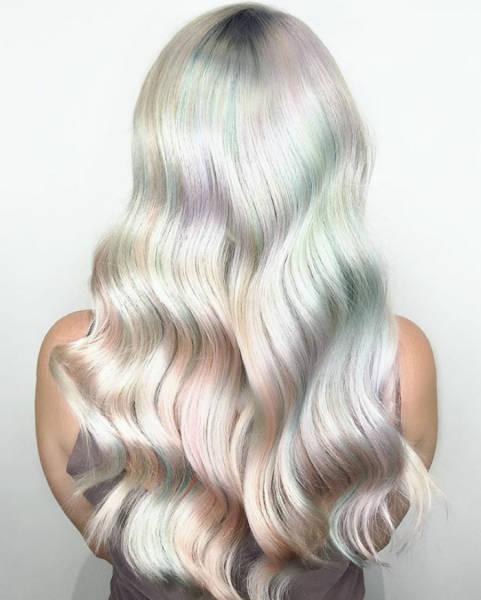 虹のような髪の毛の女の子の画像(19枚目)