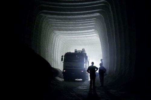 塩の洞窟!シチリア島にある岩塩の鉱山が神秘的で凄い!!の画像(3枚目)