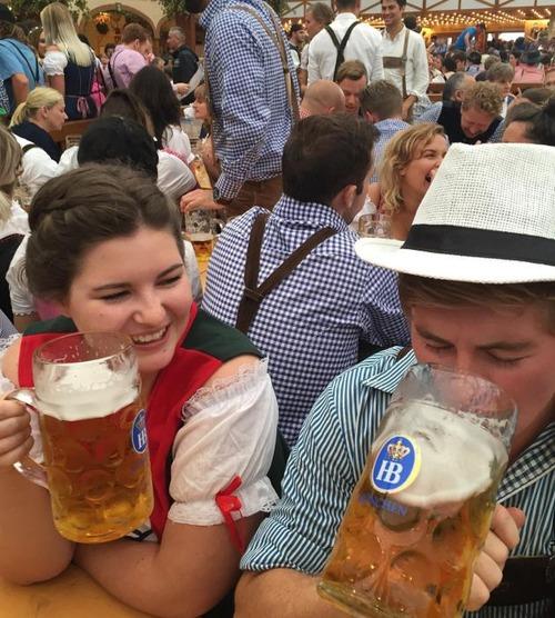 ビールの祭典「オクトーバーフェスト」の画像(16枚目)