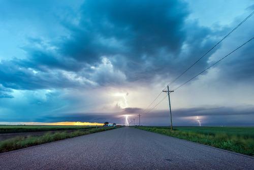 幻想的で恐ろしい!嵐が起こっている空を映した写真の数々!!の画像(9枚目)