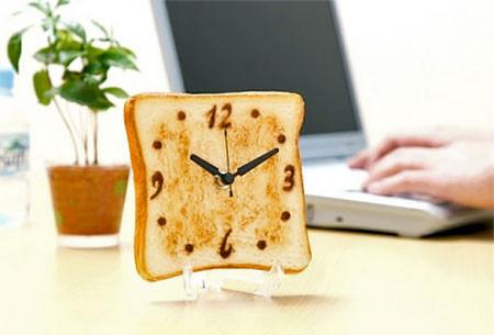 食パンの時計の画像(3枚目)