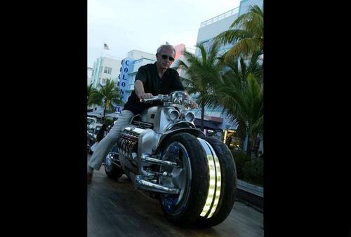 世界に10台5500万円のバイク!ダッジ・トマホークがやっぱり凄い!!の画像(6枚目)