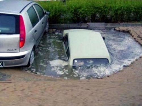 悲惨すぎる自動車のトラブルの画像(9枚目)