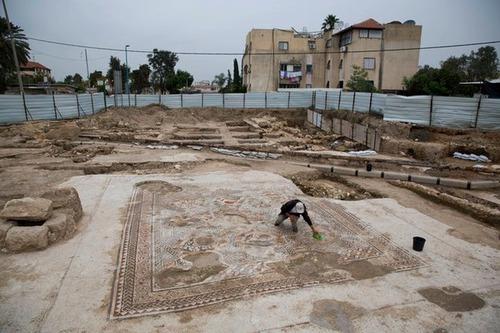 イスラエルで発掘された1700年前の信じられない遺跡の画像(1枚目)