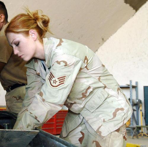 (美人が多目)働く兵隊の女の子の画像の数々!の画像(3枚目)