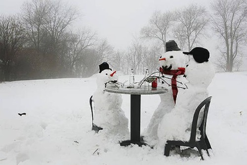 面白い雪だるまの画像(1枚目)