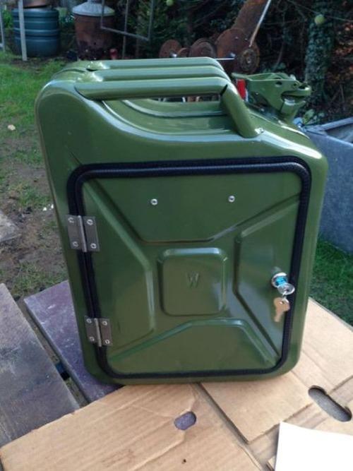 【自作】携帯用のガソリンタンクを利用した携帯用のバーを作る!!の画像(10枚目)