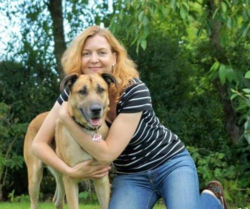 スチュワーデスさんに拾われた犬の画像(8枚目)