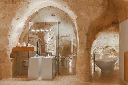 イタリアの洞窟がそのまま住宅街の画像(6枚目)