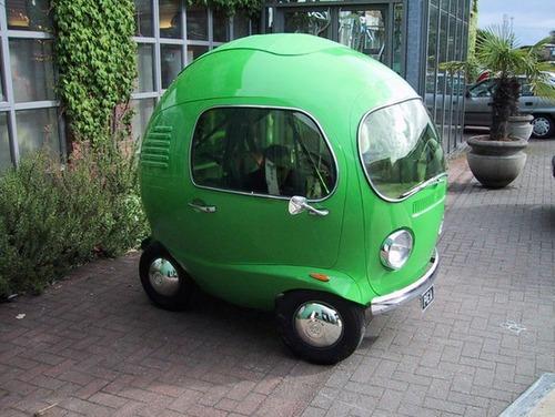 かなりカオスな自動車のカスタム画像の数々!!の画像(10枚目)