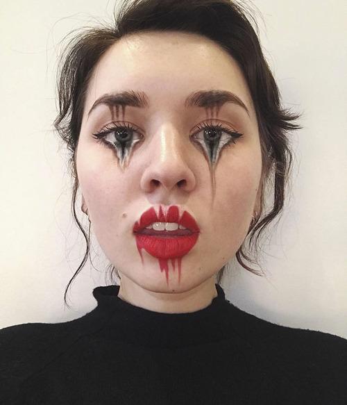 美人なのに怖すぎるフェイスペイントの画像(10枚目)