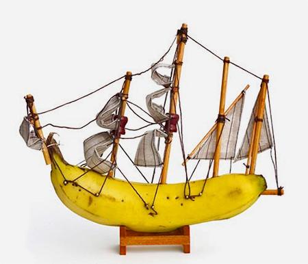 本物のバナナで作ったバナナボートの画像(3枚目)