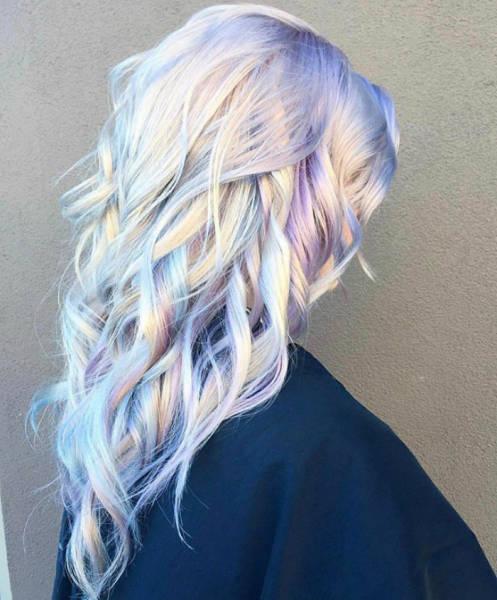 虹のような髪の毛の女の子の画像(10枚目)